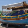 Kolorowa łódka wMarsaxlokk